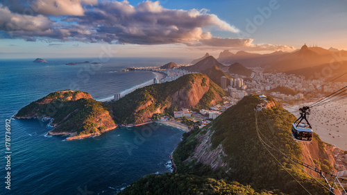 Photo sur Toile Rio de Janeiro Sunset on Rio from the Sugar Loaf