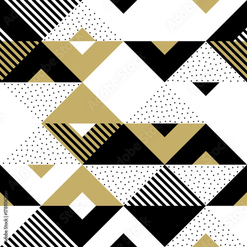 trojboka-geometryczny-abstrakcjonistyczny-zloty-bezszwowy-wzor-tlo-wektor-czarny-bialy-i-zloty-trojkatny-wzor-lub-plac-swatch-ornament-tekstura-lub-mozaika-projekt-tlo-dachowka-szablon