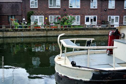 Fototapeta boat on the canal London