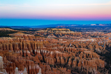 Fototapeta Krajobraz Iconic Bryce Canyon National Park at sunset in Utah.