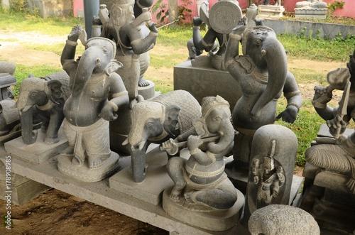 Fotografie, Obraz  Manufacture de statues à Mahäbalipuram (Tamil Nadu- Inde)