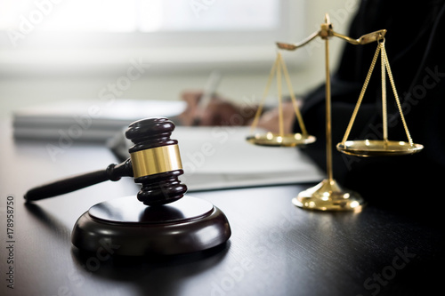 gavel and soundblock of justice law and lawyer working on wooden desk background Tapéta, Fotótapéta