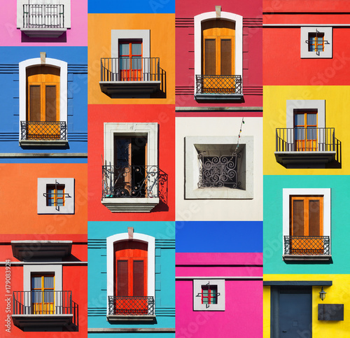 Fotografiet BEAUTIFUL COLOURFUL MEXICAN DOORS AND WINDOWS - MEXICO