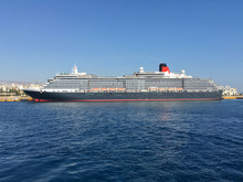 Classic Cunard Luxury Cruise Ship Cruiseship Ocean Liner Queen Victoria In Port