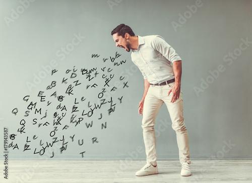 Angry man yelling Canvas-taulu