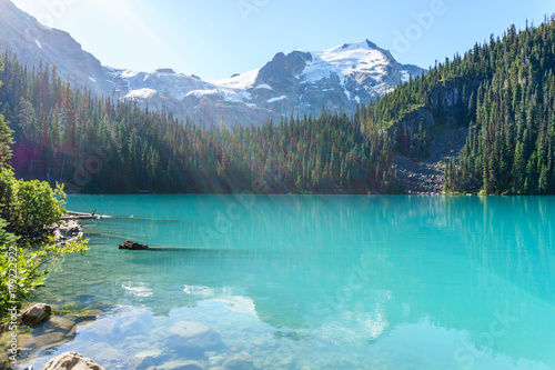 Spoed Foto op Canvas Turkoois Joffre Lake in British Columbia, Canada at day time.