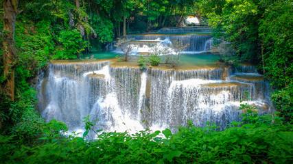 Panel Szklany Podświetlane Do łazienki Huai Mae Khamin Waterfall in Kanchanaburi, Thailand