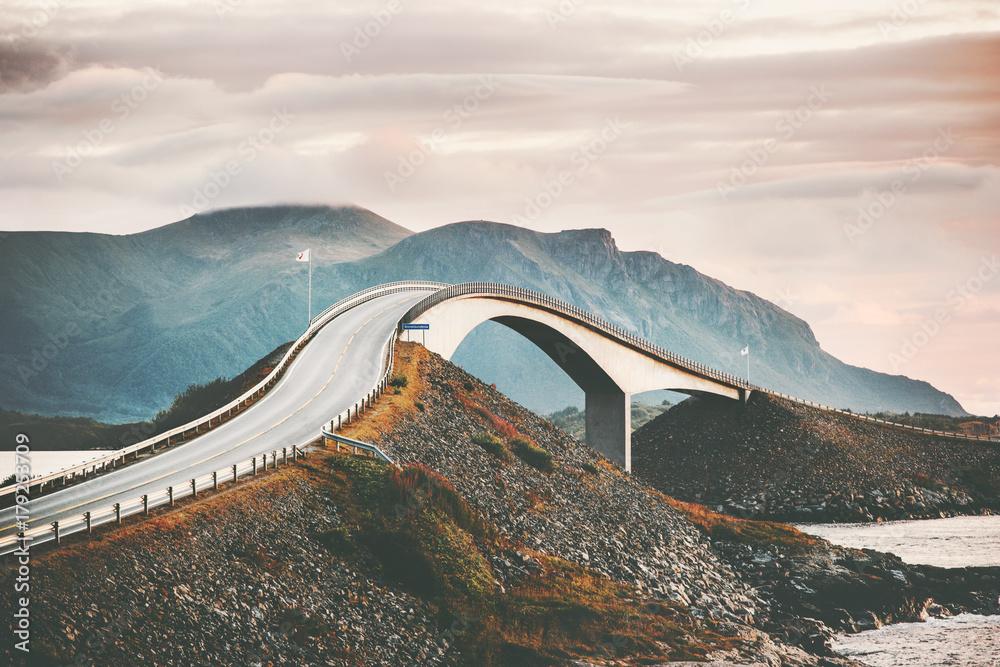 Fototapety, obrazy: Atlantic road in Norway Storseisundet bridge over ocean scandinavian travel landmarks