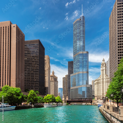 Foto op Plexiglas Chicago Chicago skyline at sunny day, Illinois, USA.