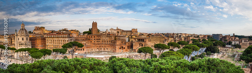 Canvas Print Panoramic view of the Roman Forum, Rome, Italy
