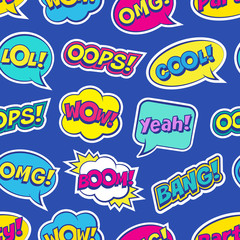 Tapeta Seamless colorful pattern with comic speech bubbles patches on blue background. Expressions OOPS, COOL, YEAH, BOOM, WOW, OMG, BANG. Vector illustration of modern vintage stickers, pop art style