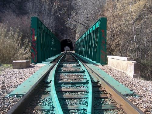 Photo  Iron railway bridge through the mountain near Morata town, Saragossa, Spain