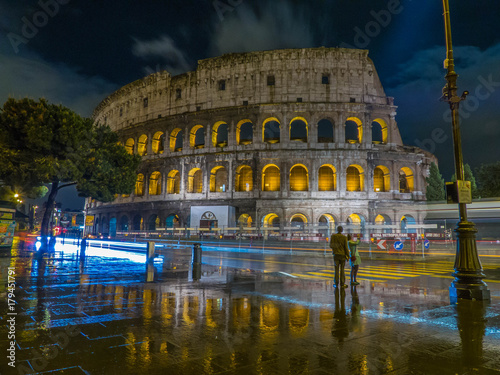 Photo sur Toile Europe Centrale Colosseum at Night