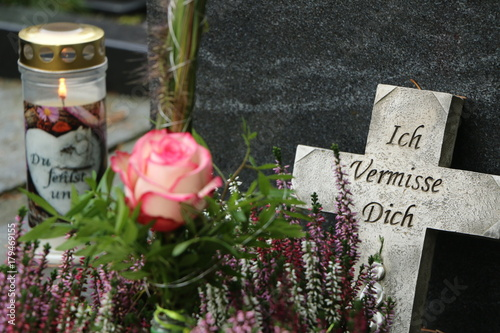 "Fotografie, Obraz  At the Cemetery, ""Missing you"", am Friedhof, Grabpflege, Trauer, Tod, Grab"