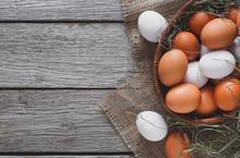 Fresh Chicken Brown Eggs On Sa...