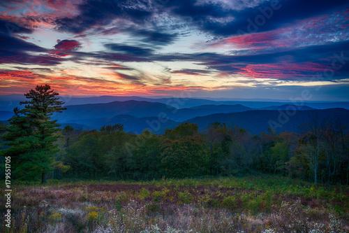 Fotografie, Obraz  Sunset over Shenandoah National Park