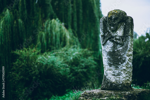 Obraz ancient sculptures of idolsAn ancient sculpture of a mysterious unknown idol - fototapety do salonu