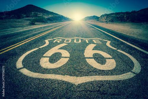 Aluminium Prints Route 66 Route 66 vintage colour effect into the sun