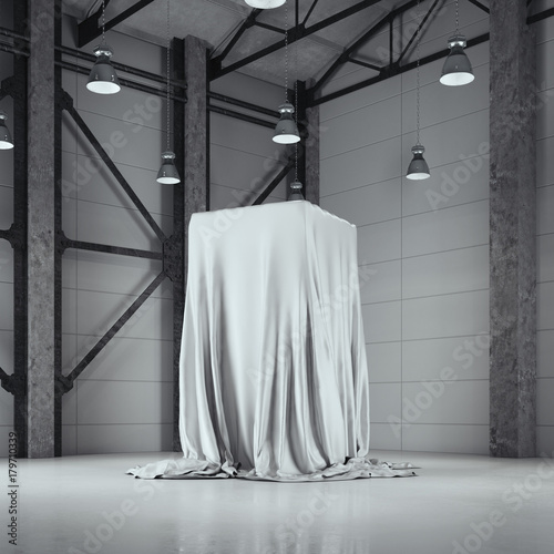 Fotografía  Loft hangar with photo studio and covered with cloth showcase