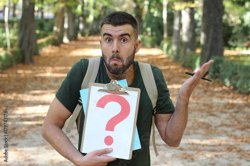 Fotografija  Indecisive male with a major doubt