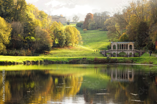 Fotografia, Obraz Autumn in Prior Park Landscape Garden in Bath, Somerset, England