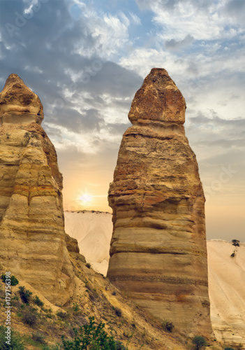 Love valley rock formations, mountain landscape in Cappadocia, Turkey Tablou Canvas