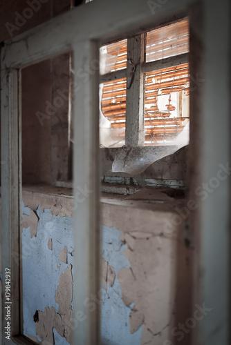 Photographie  Vecchia Porta con ragnatela