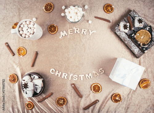 Spoed Foto op Canvas Chocolade Christmas composition: christmas gift with decoration.