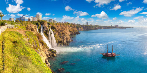 Poster Turquie Duden waterfall in Antalya, Turkey