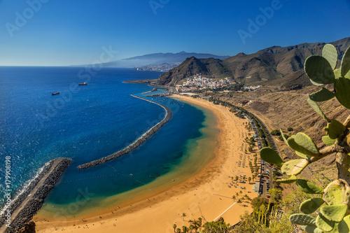 Tuinposter Canarische Eilanden Playa de Las Teresitas near Santa Cruz de Tenerife