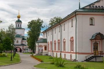 Fototapeta na wymiar The Valdai Iversky Svyatoozersky Bogoroditsky Monastery. Church of the Archangel Michael of Michael