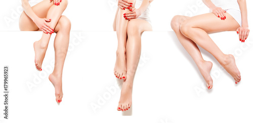 Crédence de cuisine en verre imprimé Pedicure Three beautiful slim woman with red manicure, sitting at banner, isolated on white background