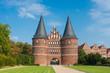 canvas print picture - Holstentor und Salzspeicher in Lübeck