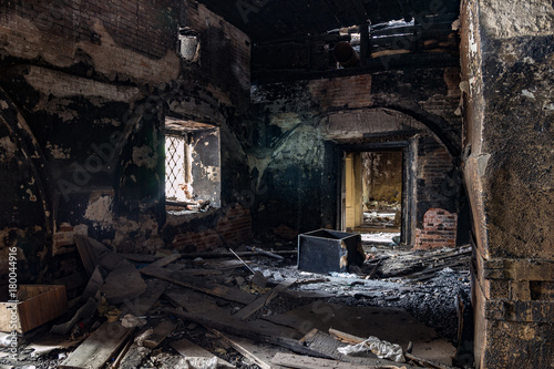 Poster Graffiti Burned interior of the old historical mansion in Astrakhan
