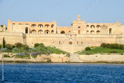 Foto op Aluminium Vestingwerk View of manoel fort and island