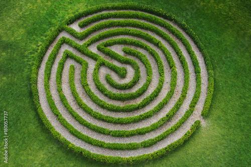zielony, okrągły labirynt - 180057737