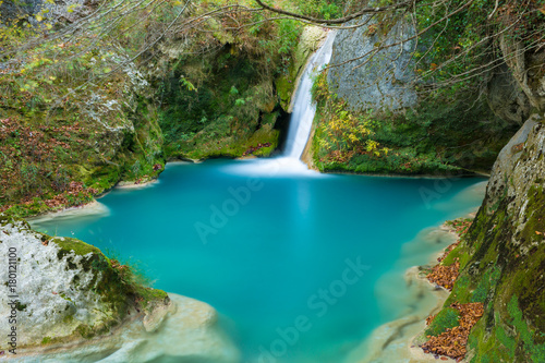 Photo  The natural park of Urederra autumnal, Spain
