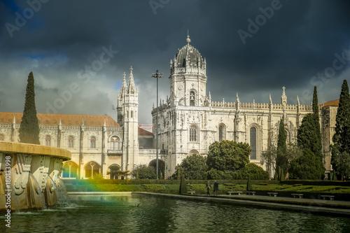 Plakat Klasztor Hieronimitów (Mosteiro dos Jeronimos) w Lizbonie, Portugalia