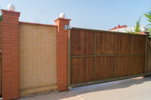 Brown Automatic Wooden Gates O...