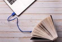 Ebook And Web Communicatio