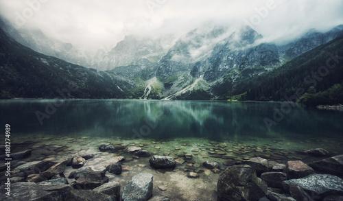 Photo  autumn view of Morskie Oko lake, Zakopane in Poland