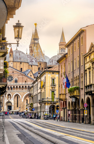 Fotografie, Obraz Sant antonio Basilica - padova - italy