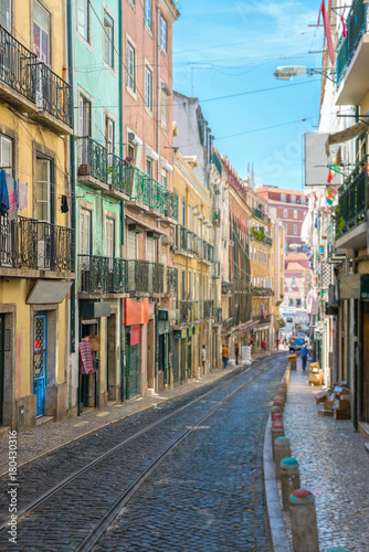 Spoed Foto op Canvas Mediterraans Europa Beautiful narrow old street in Lisbon.