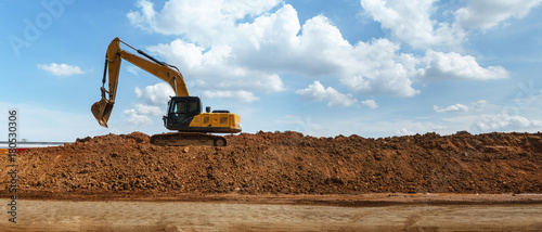 Vászonkép Panorama of Excavator with blue sky