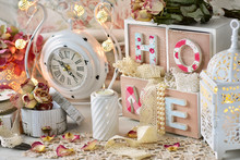 Shabby Chic Style Home Decorat...