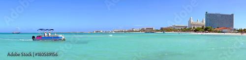 Foto op Plexiglas Caraïben Panorama from Palm Beach on Aruba island in the Caribbean Sea