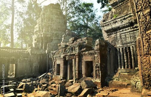 Foto op Aluminium Rudnes Ancient ruins of Ta Prohm temple, Angkor Cambodia