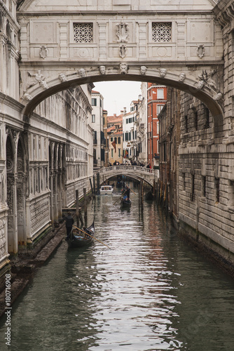 Puente De Los Suspiros Venecia Italia Invierno Stock Photo Adobe Stock