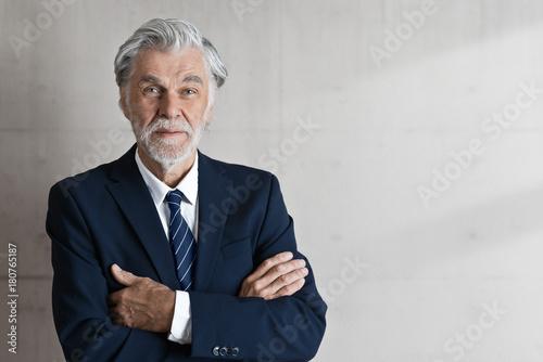 Fotografía Selbstbewußter Geschäftsmann