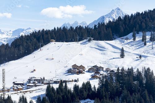 Papiers peints Alpes Österreich, Montafon, Garfrescha Almdorf auf 1550 m Höhe, oberhalb von St. Gallenkirch.